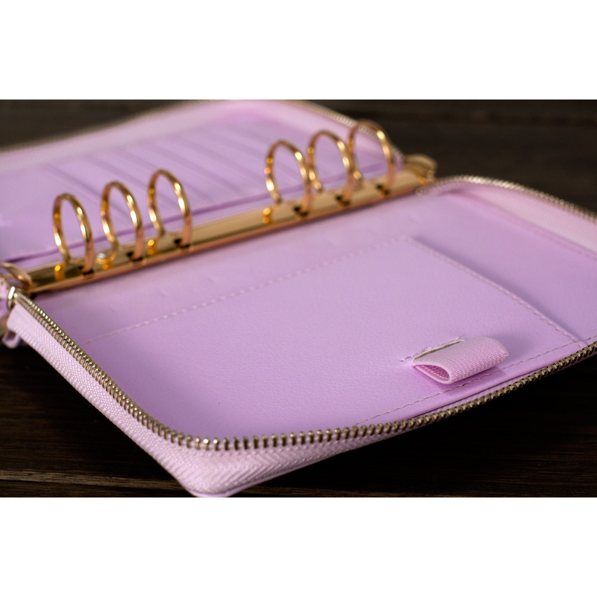 [Minor Flaw] DOKIBOOK LILAC GOLD RINGS WITH ZIP SMALL